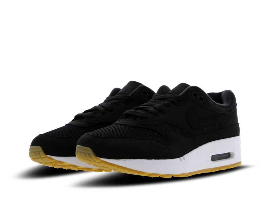 02d01b6d2b3 Nike Air Max   Chaussures et Vêtements Homme et Femme Soldes   Yumobiz